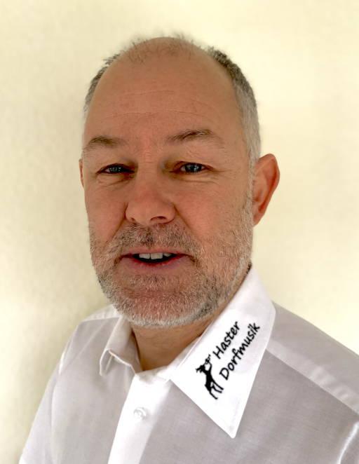 Bernd Krohme, zweiter Vorsitzender der Haster Dorfmusik und musikalische Leitung